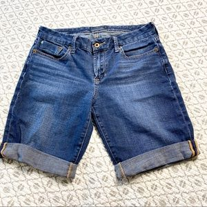 🍄3/$30 lucky brand Bermuda shorts size 30